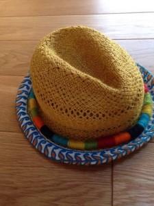 麦わら帽子 (10)