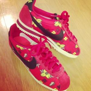 ピンクスニーカー (14)