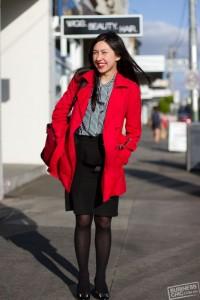赤いコート (4)