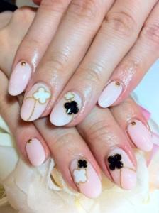 黒とピンクネイル (11)