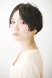 黒髪ショート (17)
