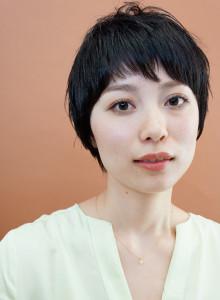 黒髪ショート (18)