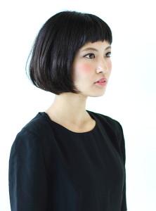 黒髪ショート (3)