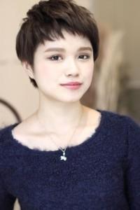 黒髪ショート (46)