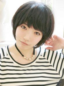 黒髪ショート (8)