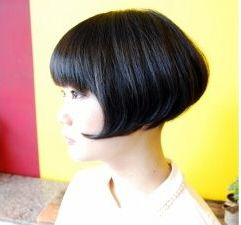 刈り上げマッシュヘア (1)