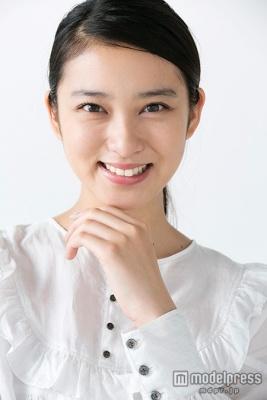 武井咲まとめ髪 (13)